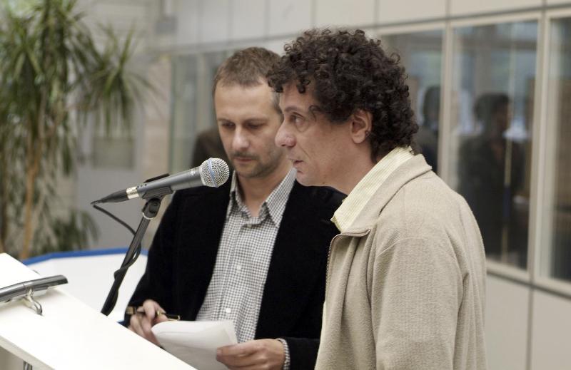 May 2007, WM Issue #3: Documenta